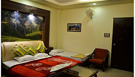 Hotel Rajpur Heights - Super Deluxe Triple Room